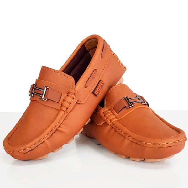 Zapatos-formales-para-nino-por-mayor.jpg